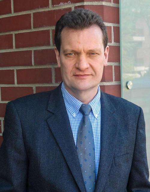 Patentanwalt Rolf Schrooten